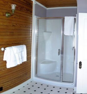 The Harbor Suite - Bathroom - View 2