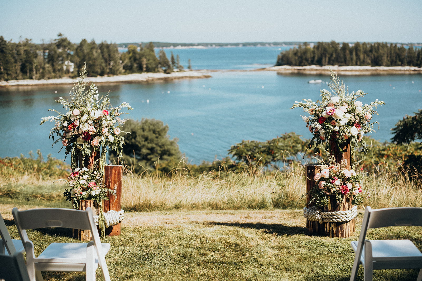 A wedding alter on Harmon's Harbor at Grey Havens Inn.